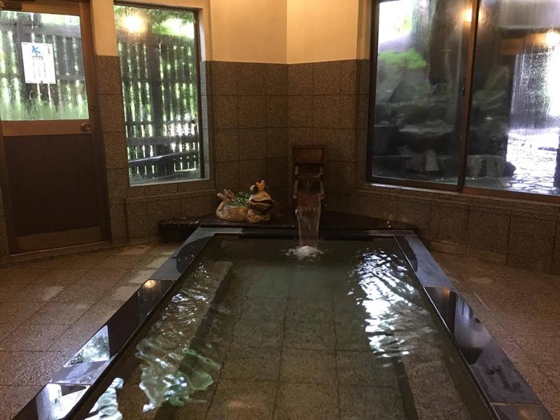 Middle size public bath